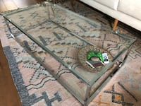 Glass coffee table- like new!! Washington, 20005