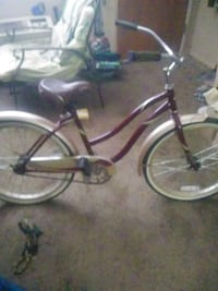 Nice burgundy gold women's beach cruiser West Haven, 84401