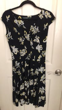 black and white floral sleeveless dress Visalia, 93277
