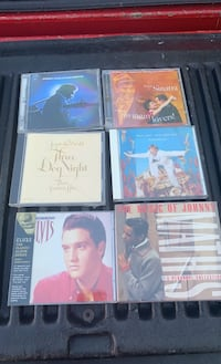 CDs greatest hits Multiple artists Chicago, 60638