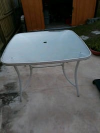 white and gray metal table Orlando