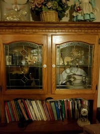 2 piece China hutch Youngtown, 85363