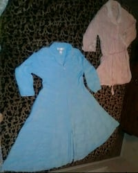 M-L WOMAN'S COMFY ROBES. WEAR AT HOME OR HOSPITAL.