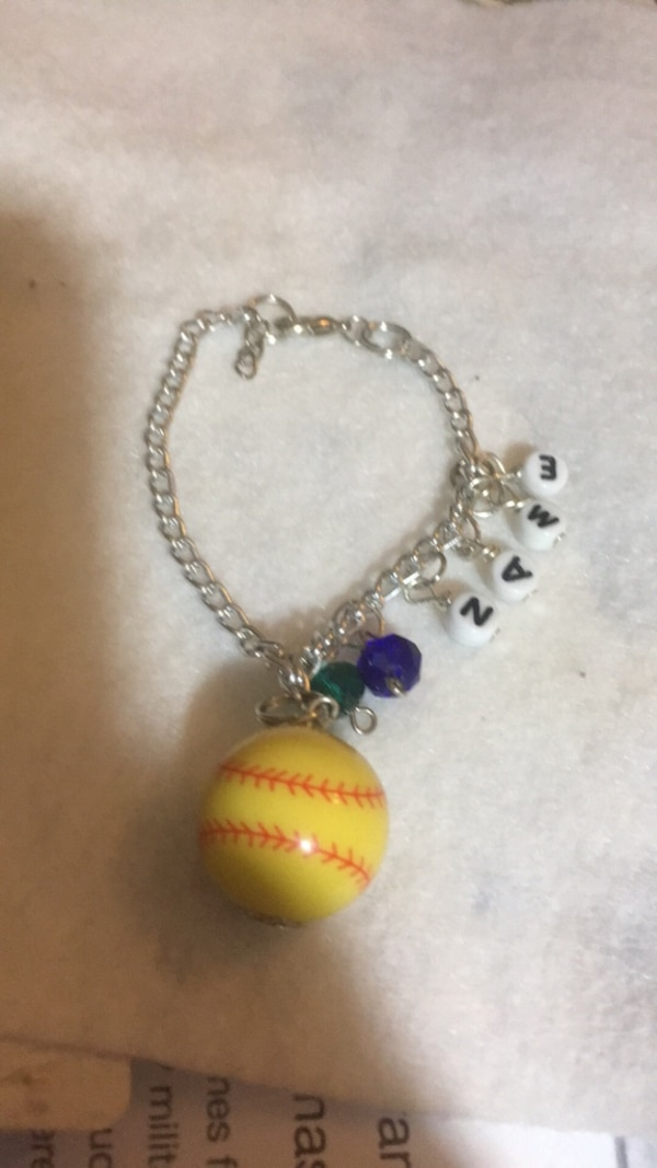 Softball bracelet 100% customizable