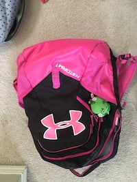 fdef1f5f5ee3 Used pink and black Under Armour backpack for sale in Calgary - letgo