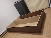 Bed base (queen) Montreal, H4G 2T7