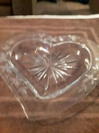 Heart shaped glass dish Williamsport, 21795