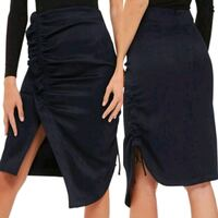 New size 6(small) navy skirt
