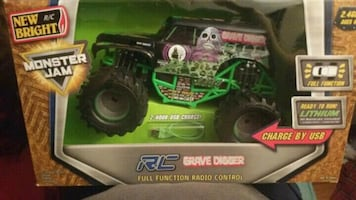 RC Grave Digger  radio control truck