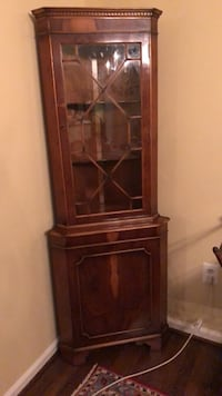Baker Furniture brand antique curio cabinet Potomac, 20854