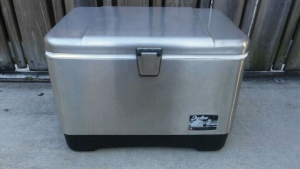 New Igloo Stainless Steel Cooler 54 quart