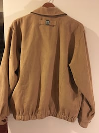 brown button-up long-sleeved shirt Seattle, 98125