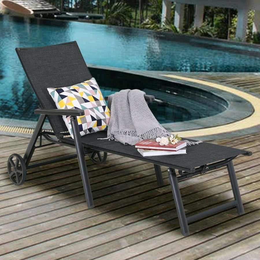Chaise Lounge Chair and Pool Recliner or garden yard lounge chair