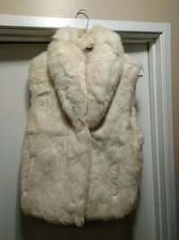 Authentic rabbit fur vest. Size Small  Calgary