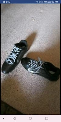 Mens Cleats Size 12