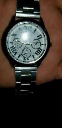 8fca4d44809bd9 Used Womens Paolo-Gucci Quartz watch for sale in Duluth - letgo