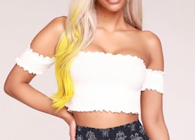 Off the shoulder sleeve crop top