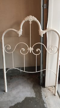 White wrought iron headboard twin size Aldie, 20105