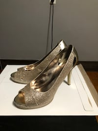Pair of gray peep-toe heeled shoes Fall River, 02723