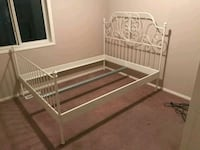 Queen size bed frame Calgary, T3J 4K8
