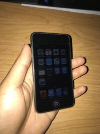 iPod Touch 3rd Gen OBO Kitchener, N2E 3M8