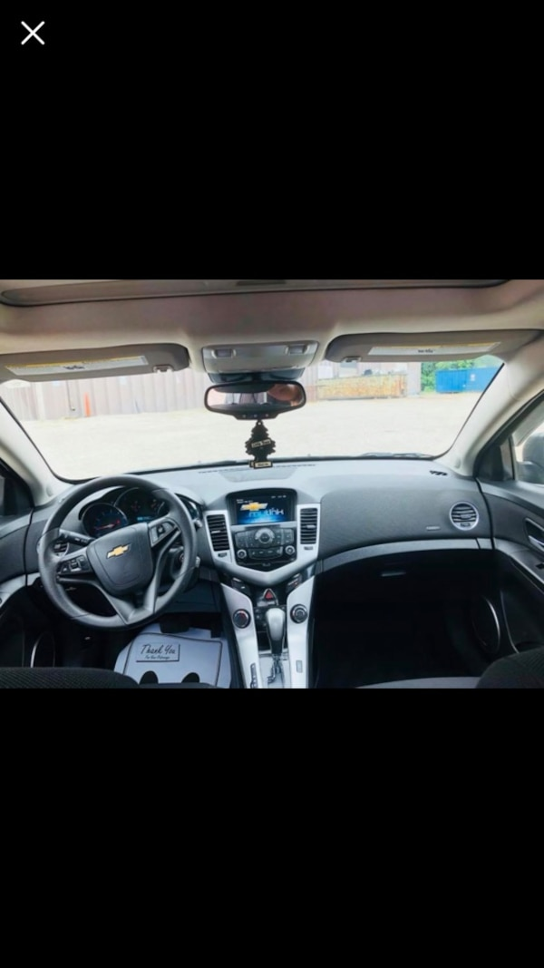 Used Black Chevrolet Cruze Runs Like New No Shakes Or Problems For