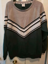 VS Brand New Sweatshirt Size Large Centreville, 20120