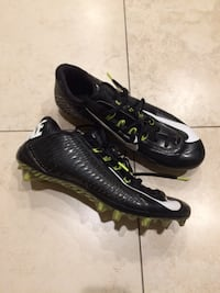 Men's Nike football cleats