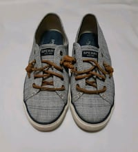 Womans Size 9 Sperry Top Sider Shoes  Surrey, V4A 4Z7