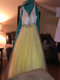Yellow prom gown  Columbia, 21045