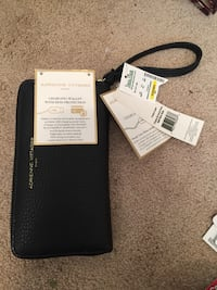 Smart Wallet Wilmington, 28409