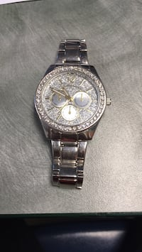 Silver Diamond Watch Winnipeg, R2V 0P7
