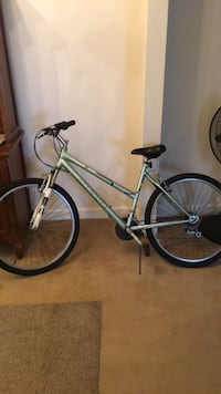 gray and black hardtail bike Annandale, 22003