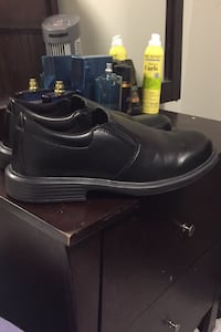 Non slip work dress shoes