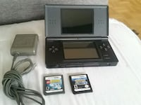 (LIKE NEW) Nintendo DS w/Charger +2 Games Toronto, M3M 2B2
