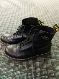 Dr. Martens Mens High Top Boot Edmonton