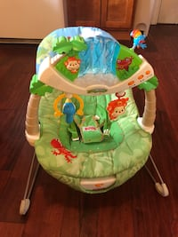 Fisher price musical bouncy chair New Tecumseth, L9R 1V2