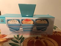 beautiful turquoise 3 bowls server firm price  Orlando, 32837