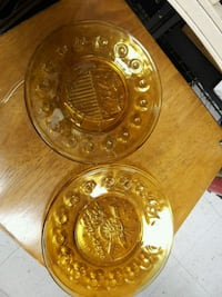 Set of 4 yellow glass Bicentennial plates North Las Vegas, 89030