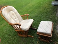 Rocking chair with foot rest  Hamilton, L9C 0E3