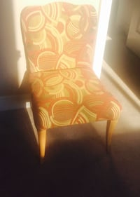 beige and red scroll parsons chair Fort Erie, L0S