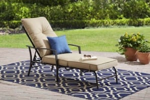 Chaise Lounge expresso frame for garden with couch brand new