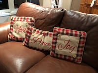 Christmas Pillows Whitby, L1P 1S2