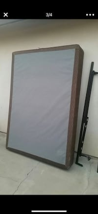 Full box spring and frame  Bakersfield, 93307