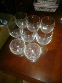 7 wine glasses Newport, 99156