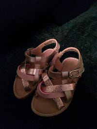 Brand New kids shoes size 5 Los Angeles, 90033