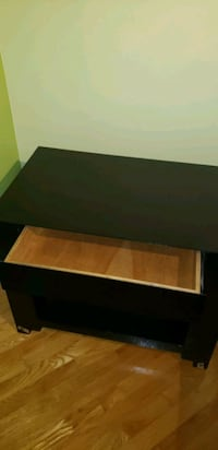 Night table very solid  Laval, H7T 2S7