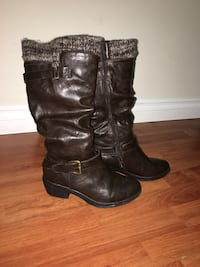 Women's brown boots  Toronto, M1V 1A9