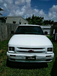 white Chevrolet Silverado pickup truck West Palm Beach, 33409