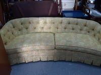 tufted white floral 3-seat sofa